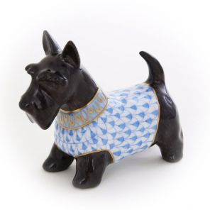 Herend Porcelain Fishnet Figurine of a Scottish Terrier (Black)